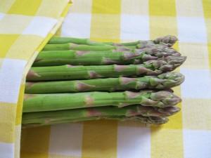 Over asperges eten en die typische urinelucht